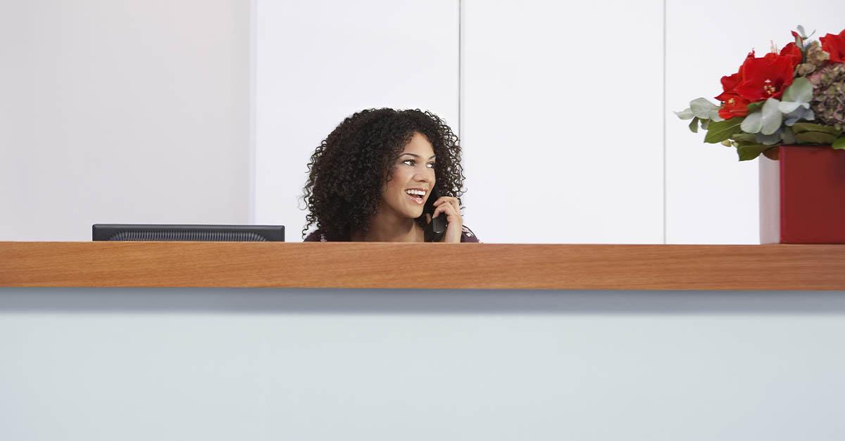 Dicas de como avaliar o comportamento de atendentes e recepcionistas