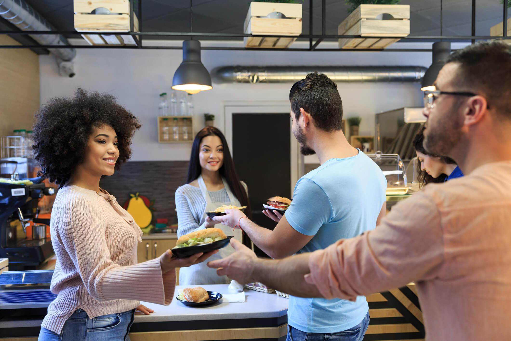 Saiba como escolher empresas de cliente oculto para fast food!